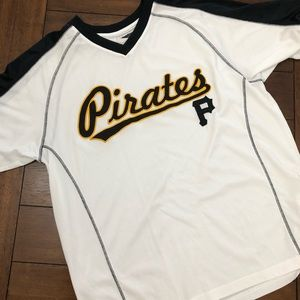 Pittsburgh Pirates fan jersey